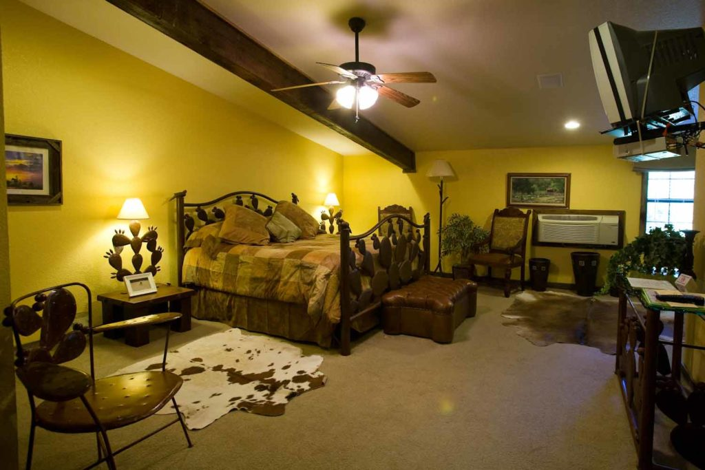 North Texas Jellystone Bunkhouse Rooms