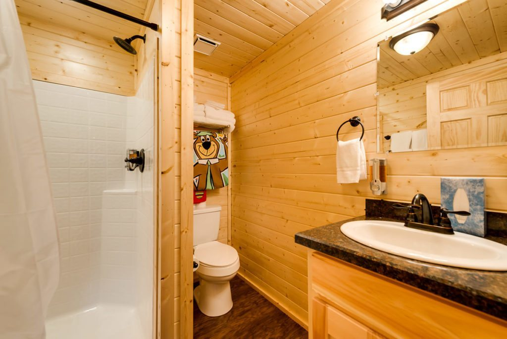 Staycation Location Dallas / Fort Worth & Burleson area, Family Cabins (one bedroom)