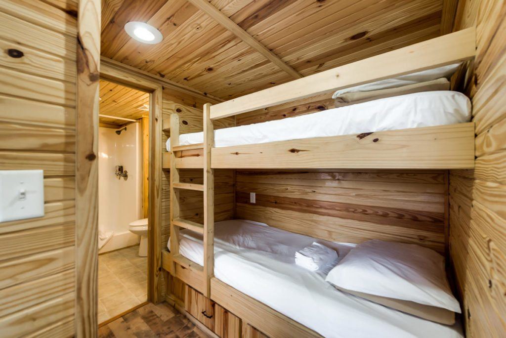 Cabins, Homestead Cabins (one bedroom)