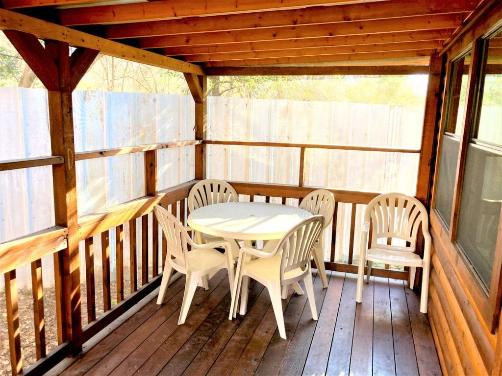 Standard One Bedroom Family Cabin Screen Porch